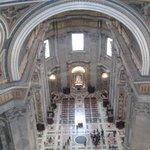 vista della basilica dalla balaustra della cupola