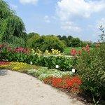 huge park .. lots of flowers and walking areas