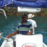 Captain Daniel, Mauricio