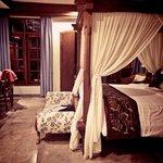Suite Room 205