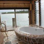 bathroom overwater fale