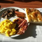 Piatto colazione decisamente mooooolto caro