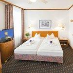 Standard-Doppelzimmer/Komfort-Einzelzimmer