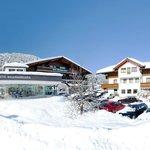 Hotel Waidmannsheil in Flachau direkt neben der Skipiste
