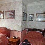Ascot room