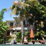 Renovated villa opposite pool