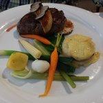 Boeuf et foie gras poêlé avec truffes