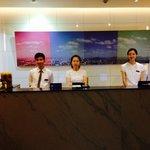 Friendly front desk staffs.