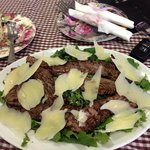 Beef salad. Beef was very well cooked but it would excellent if there is more vegetable.