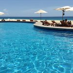 piscina vicino alla spiaggia