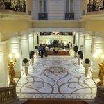 le hall de l hotel