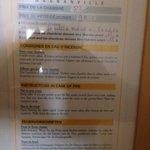 83€ la chambre + 9€ le petit déjeuner par personne (complètement hors de prix vu l'emplacement e