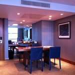 Dylan Suite lounge