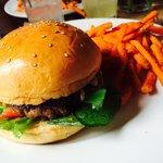 Buenísima hamburguesa!!!