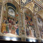 The frescoes in the Piccolomini Library