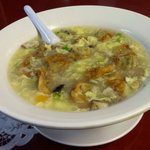"""""""Yee"""" wonton soup. Fried won tons with egg flower soup."""