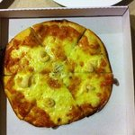 Garlic prawn pizza.. not!!