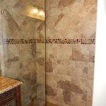 Shower in room 422