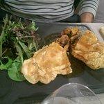 Feuillantine de volaille et foie gras, cèpes du marché.. : un régal!
