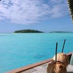 Cruising Aitutaki Lagoon