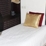 single bed in Marrakech room