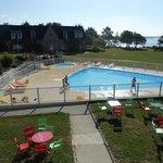 magnifique piscine, chaude et très propre