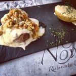 filette de ternera gorgonzola nueces y miel