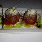 arancini balls with mozzarella