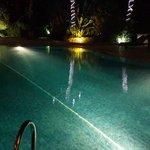 the poolll nice when u swim at nite...