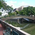 the canal in BKK, only a 10-min walk from the hotel