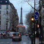 やはりパリのシンボルです
