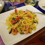 Wonderous red shrimp, here with spaghetti and zucchini