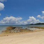 干潮時のイーフビーチ