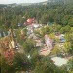 Blick vom Aussichtsturm Top of the World auf den Park