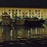 Ночь в старом порту - 5