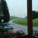 Otra vista desde la habitación, esta con lluvia