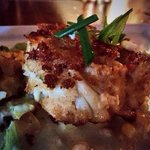 Crab cake with roasted Midwestern corn, lemon aioli & chives. So good!