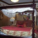 Bridget's French Roses room