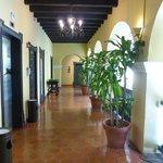 pasillos del claustro, acceso a las habitaciones
