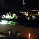 terraza en la noche
