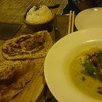 De entrante curry verde de pollo con patatas