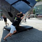 Pushing the sculpture around 360 degrees