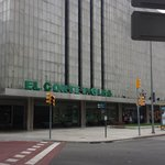 nearby El Corte Ingles shopping center