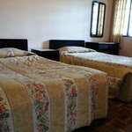 Bedroom with 2 single bed