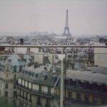 屋上から見えるパリの街