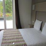 Chambre avec vue sur le lac et balcon