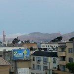 Panorama dal corridoi aperto del 4° piano, verso il Golden Gate