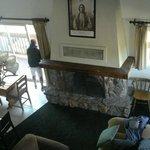Vista dal mezzanino all'interno della stanza (appartamento) 200