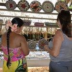 artesanias de las mujeres de la comunidad