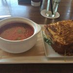 DELISH TOMATO SOUP & A FABULOUS GRILLED CHEESE